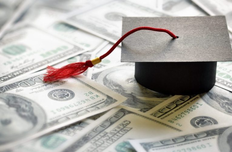 Federal student loan funds are on maintain, must you nonetheless pay for those who can?