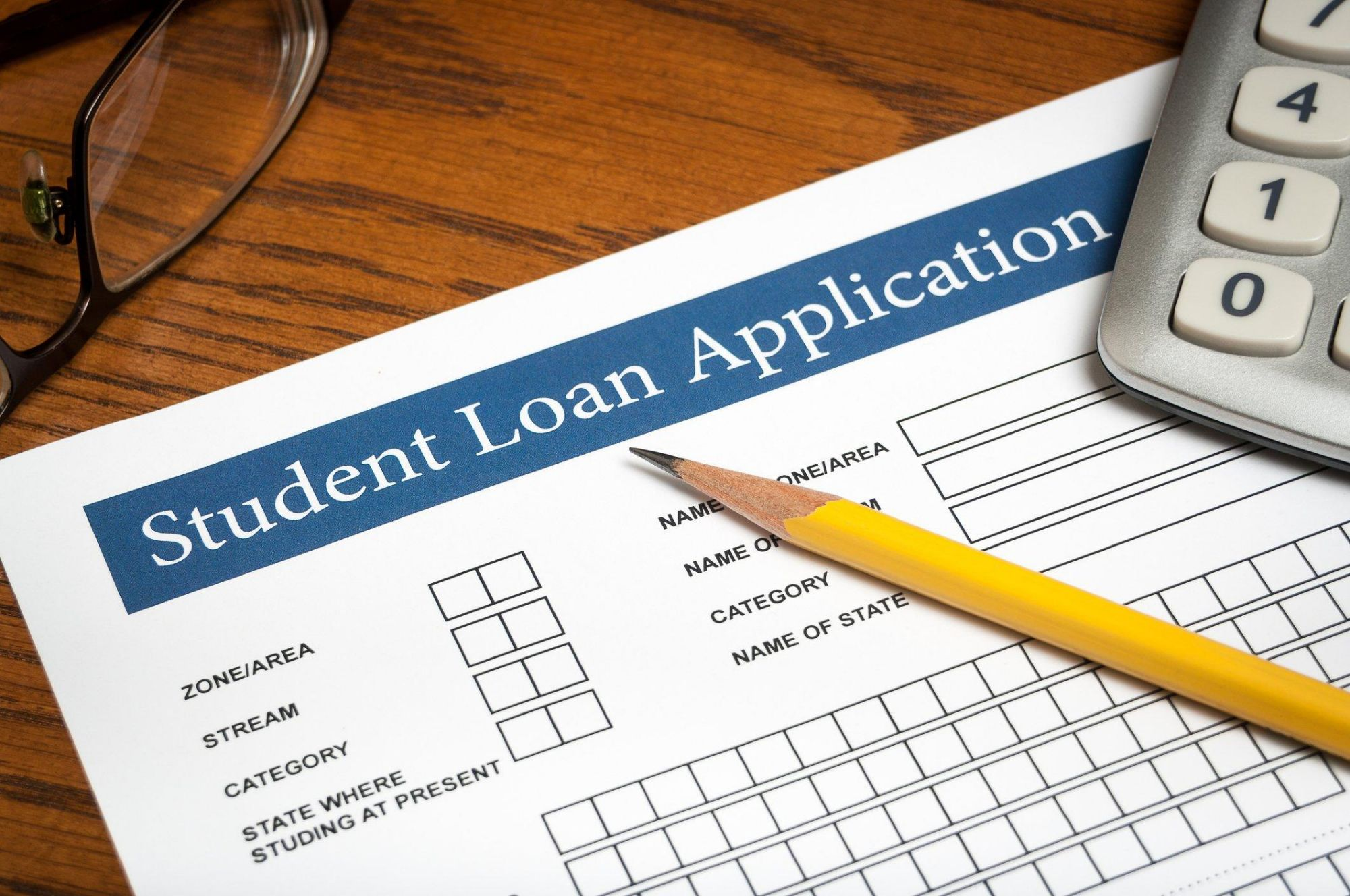 Do You Need a Student Loan Cosigner?
